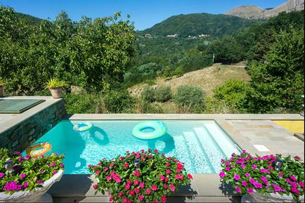 Gemütliches Ferienhaus : Region Lucca für 4 Personen