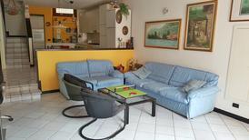 Appartement 1303979 voor 5 personen in Predore