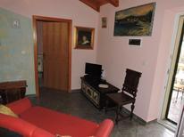 Ferienwohnung 1304922 für 4 Personen in Sutomiscica