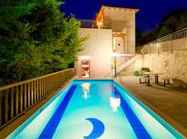 Holiday home 1305723 for 10 persons in Maroulas