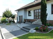Ferienwohnung 1305857 für 3 Personen in Bad Emstal