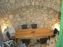 Ferienwohnung 1307856 für 2 Personen in Lastovo