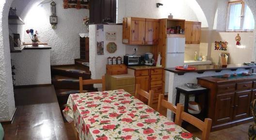 Gemütliches Ferienhaus : Region Trentino für 8 Personen