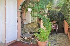 Holiday apartment 1310507 for 4 adults + 2 children in Toulon