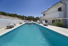 Ferienhaus 1310781 für 6 Personen in Vinisce