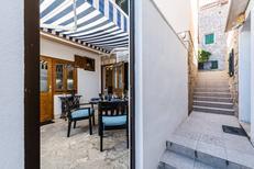 Appartement 1312180 voor 4 personen in Postira