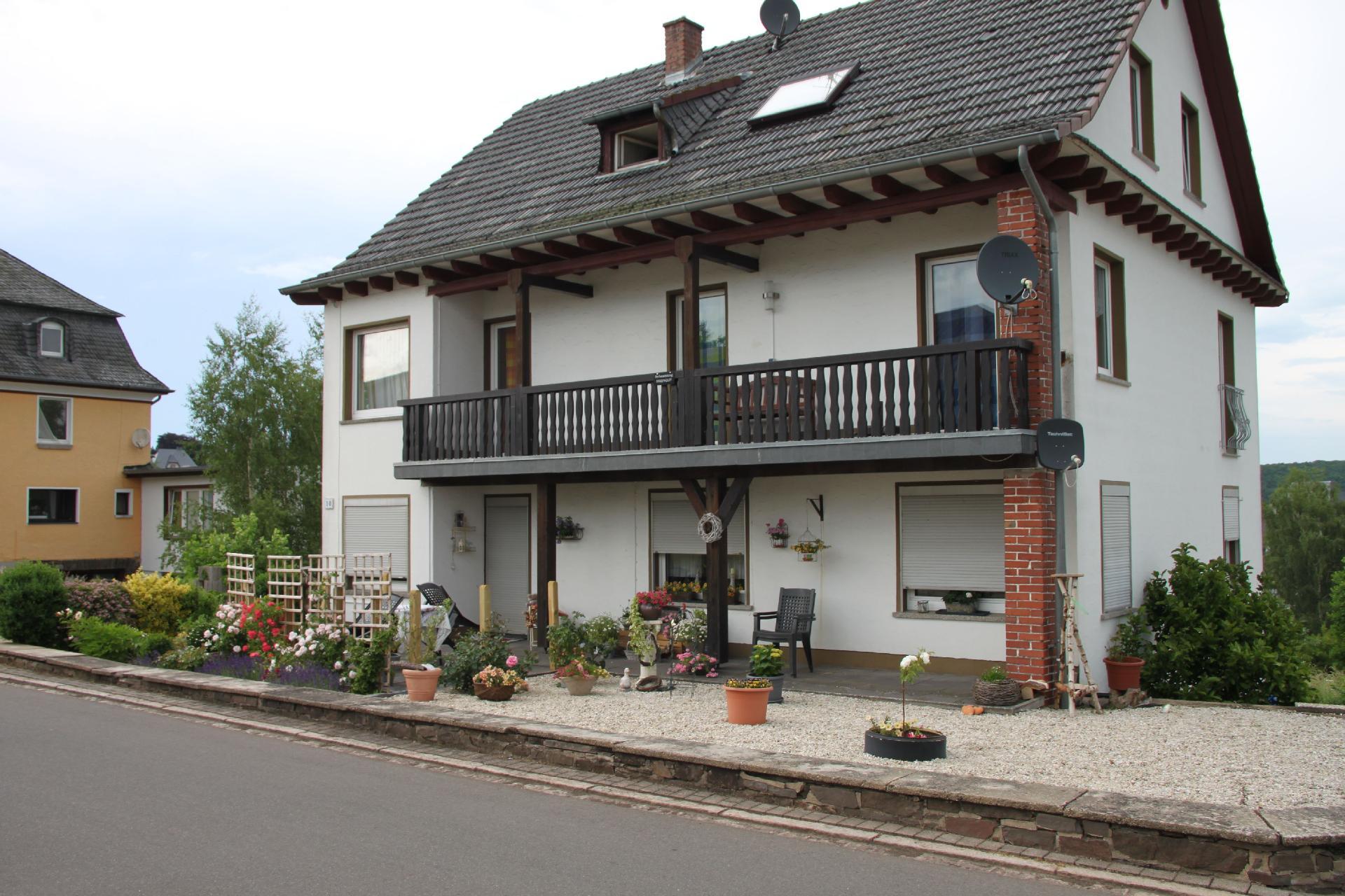 Ferienwohnung für 4 Personen ca. 77 m² i   Manderscheid