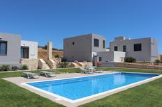 Vakantiehuis 1313839 voor 4 personen in Triopetra