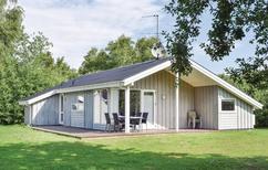 Ferienhaus 1317071 für 8 Personen in Øerne