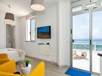 Ferienwohnung 1318712 für 2 Personen in Playa de las Canteras