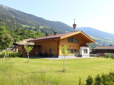 Gemütliches Ferienhaus : Region Zillertal Arena für 8 Personen