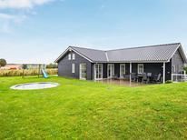 Vakantiehuis 1319380 voor 12 personen in Dråby Strand
