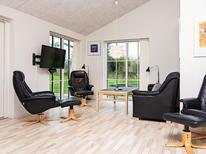 Ferienhaus 1319380 für 12 Personen in Dråby Strand