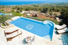 Holiday home 1322500 for 6 adults + 1 child in Paphos