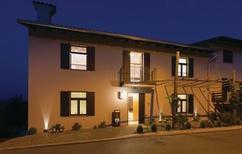 Casa de vacaciones 1324301 para 6 adultos + 2 niños en Dobrovo