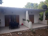 Appartement 1324988 voor 5 personen in Saplunara