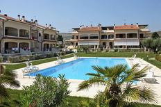 Holiday apartment 1325583 for 4 persons in Pineto