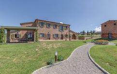 Maison de vacances 1326992 pour 12 adultes + 2 enfants , Foiano della Chiana