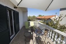 Appartement 1327071 voor 6 personen in Slatine