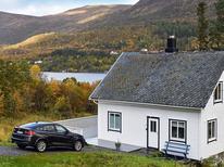 Ferienwohnung 1327426 für 6 Personen in Haugsbygda