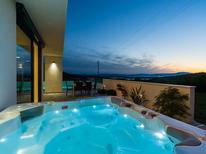 Vakantiehuis 1327767 voor 6 personen in Grižane