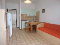 Ferienwohnung 1327784 für 4 Personen in Porto Santa Margherita