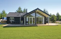 Holiday home 1328369 for 8 persons in Fjellerup
