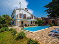 Villa 1328414 per 10 persone in Basarinka