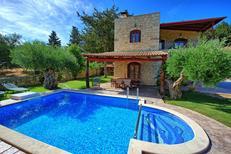 Ferienhaus 1329478 für 7 Personen in Vryses