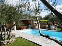 Dom wakacyjny 1329618 dla 8 osób w Roquemaure