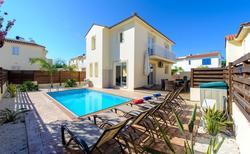 Villa 1330494 per 6 persone in Pernera