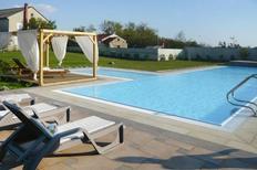 Ferienwohnung 1331103 für 4 Personen in Privlaka