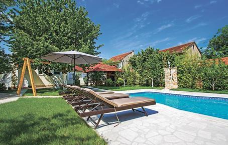 Gemütliches Ferienhaus : Region Šibenik-Knin für 9 Personen