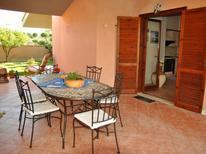 Ferienhaus 1332568 für 5 Personen in Sperlonga