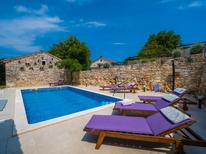Holiday home 1332720 for 14 persons in Rakalj