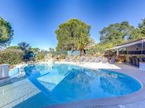 Ferienhaus 1334467 für 8 Personen in Roquebrune-sur-Argens
