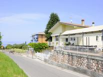 Vakantiehuis 1334517 voor 6 personen in Lazise