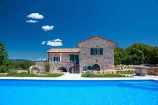 Ferienhaus 1334651 für 8 Personen in Strilčići