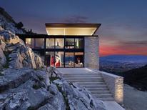 Vakantiehuis 1335232 voor 12 personen in Villa Rossi