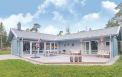 Casa de vacaciones 1335325 para 5 adultos + 1 niño en Lärbro