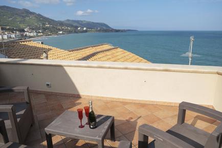 Für 3 Personen: Hübsches Apartment / Ferienwohnung in der Region Cefalù