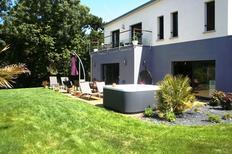 Vakantiehuis 1335971 voor 10 personen in Plurien