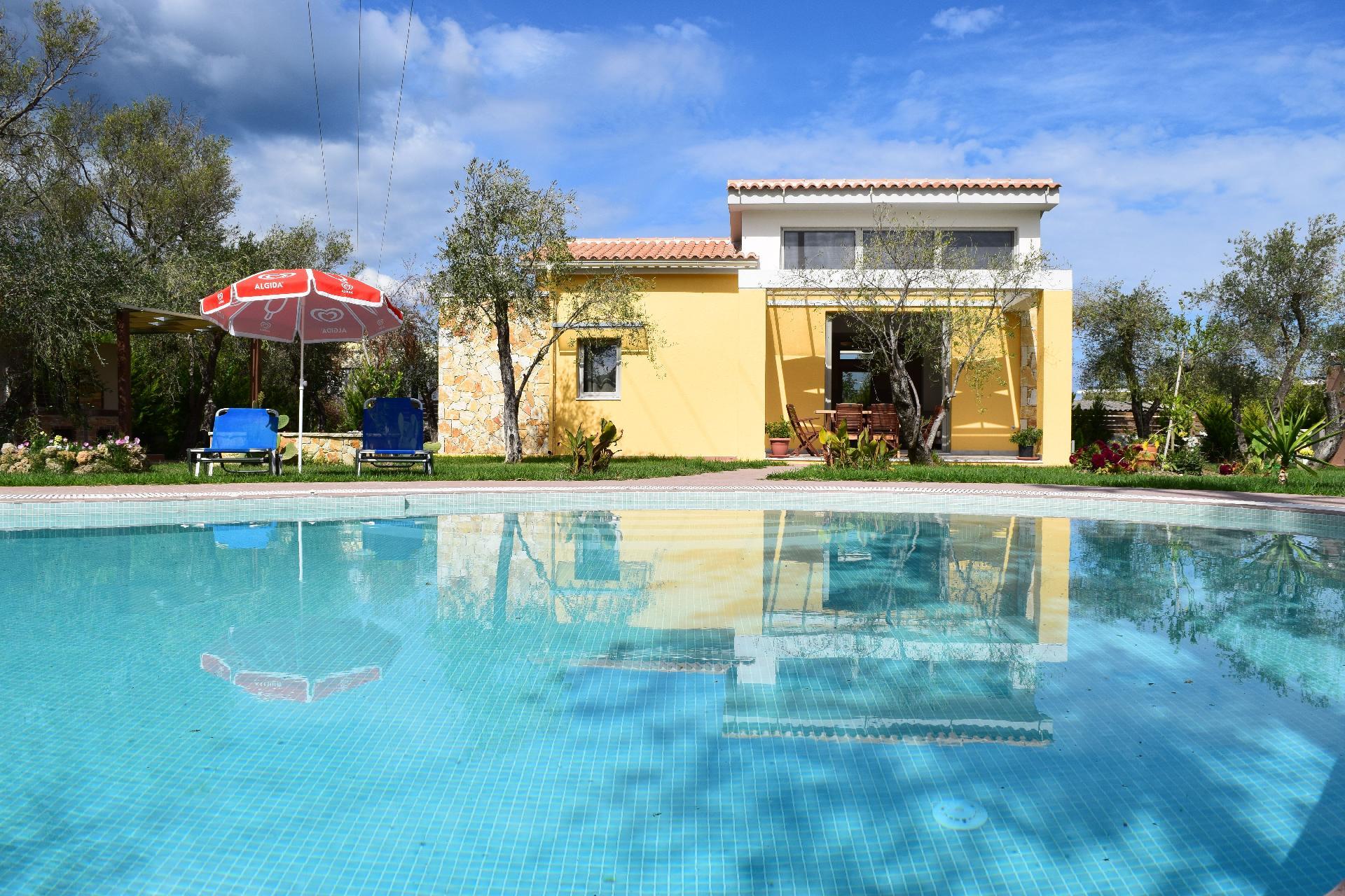Ferienhaus mit Privatpool für 4 Personen  + 1  in Griechenland