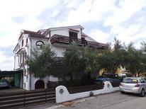 Ferienwohnung 1336323 für 2 Personen in Novigrad