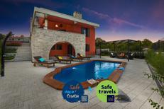 Vakantiehuis 1336592 voor 8 personen in Pridraga