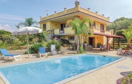 Gemütliches Ferienhaus : Region Sizilien für 9 Personen