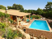 Vakantiehuis 1337216 voor 12 personen in Costa Paradiso