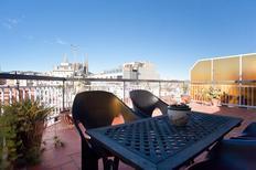 Ferienwohnung 1337622 für 4 Personen in Barcelona-El Camp de l'Arpa del Clot