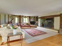 Villa 1337738 per 16 persone in Iden Green