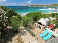 Ferienwohnung 1337750 für 3 Personen in Isola Rossa